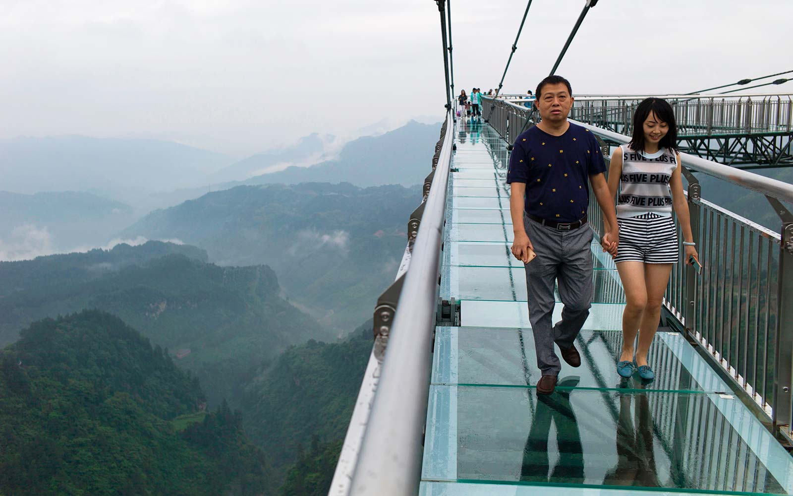 Glass-bottomed skywalk.