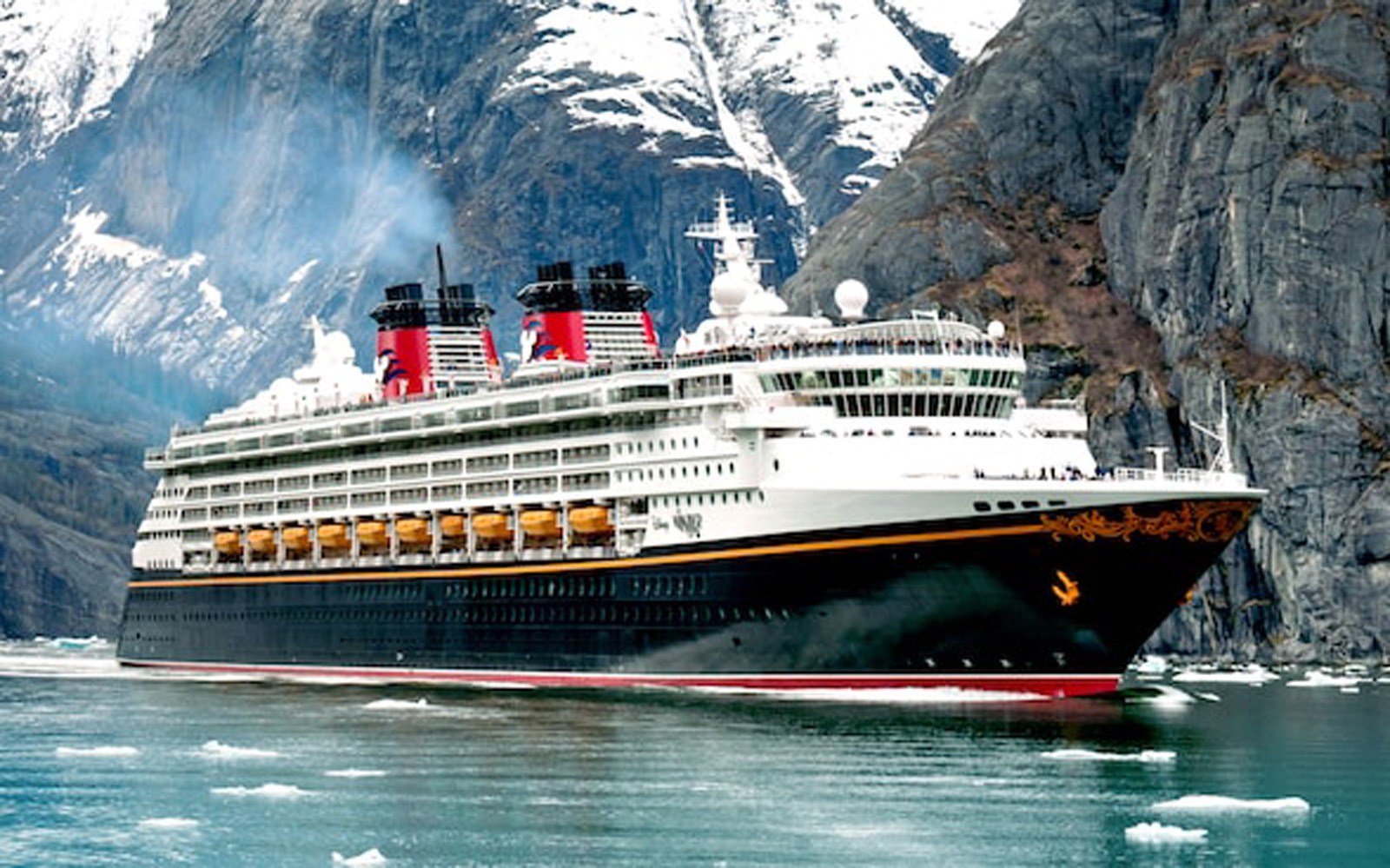 Why Adults Prefer Disney Cruises, Even If They Don't Have Kids