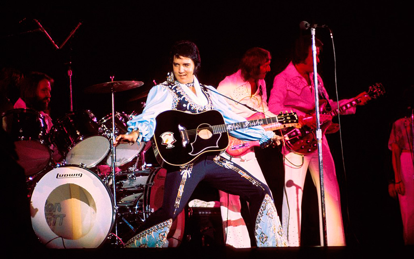Elvis Presley Death Theories: Why Do Some Think He's Alive?
