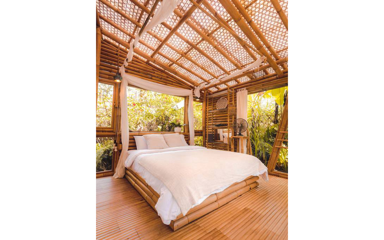 HIDEOUT LIGHTROOM - Eco Bamboo Home - Bed