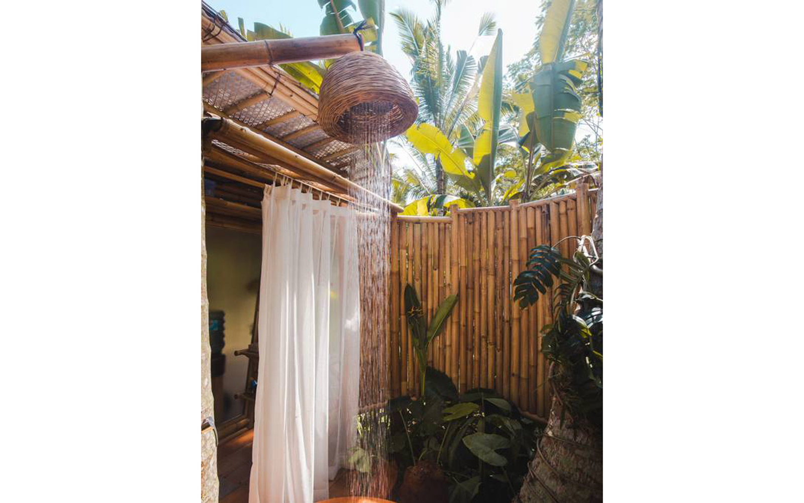 HIDEOUT LIGHTROOM - Eco Bamboo Home - Shower