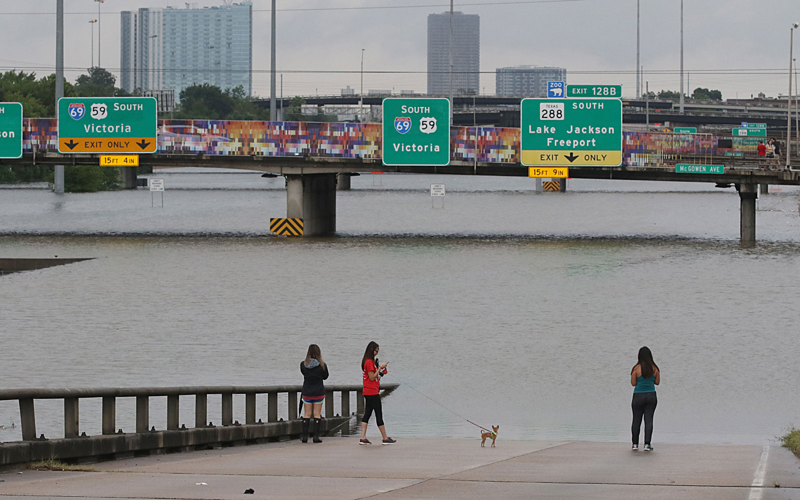 Houston Airports Are Resuming Limited Service After Hurricane Harvey