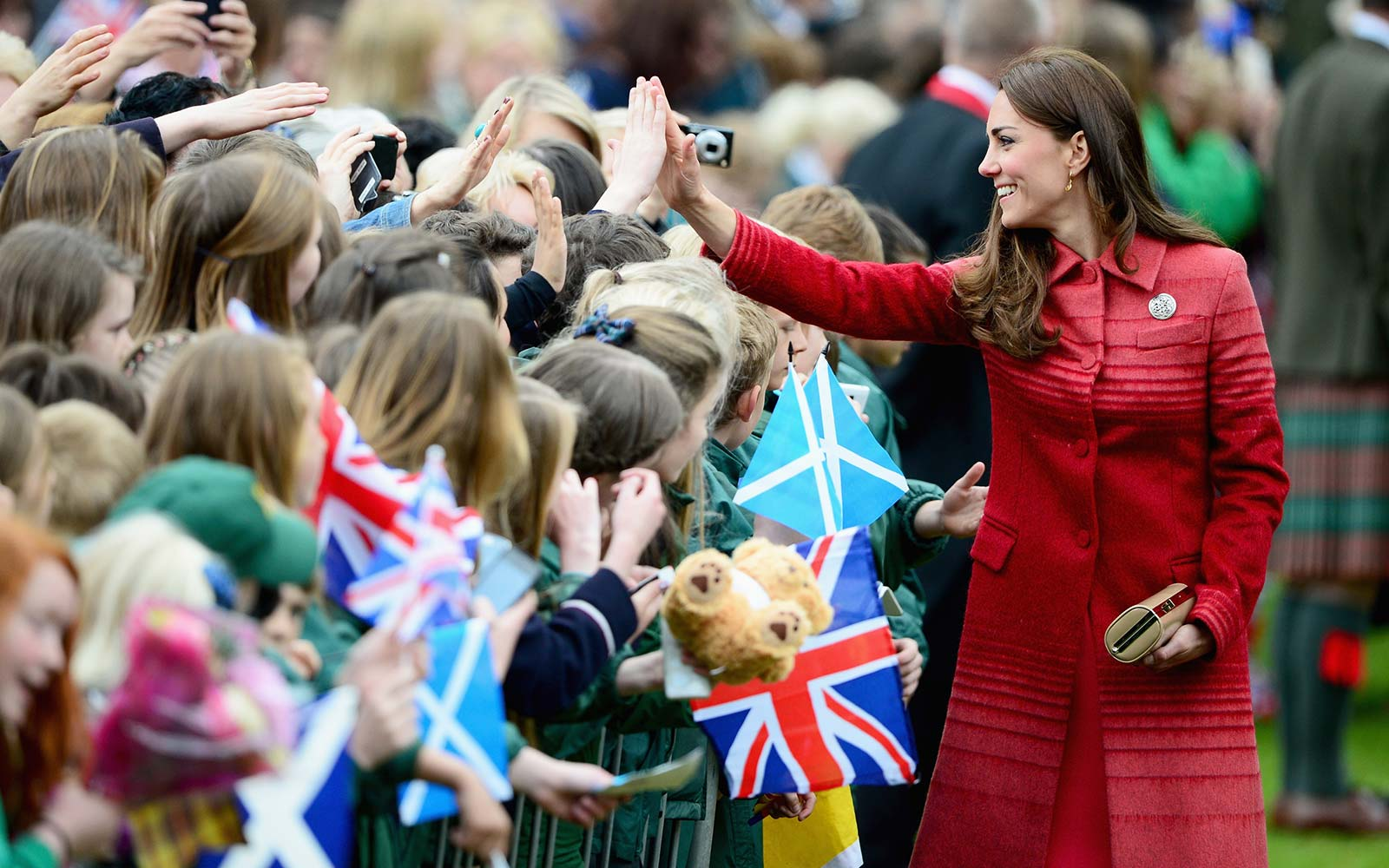 Why the Royal Family Never Gives Autographs