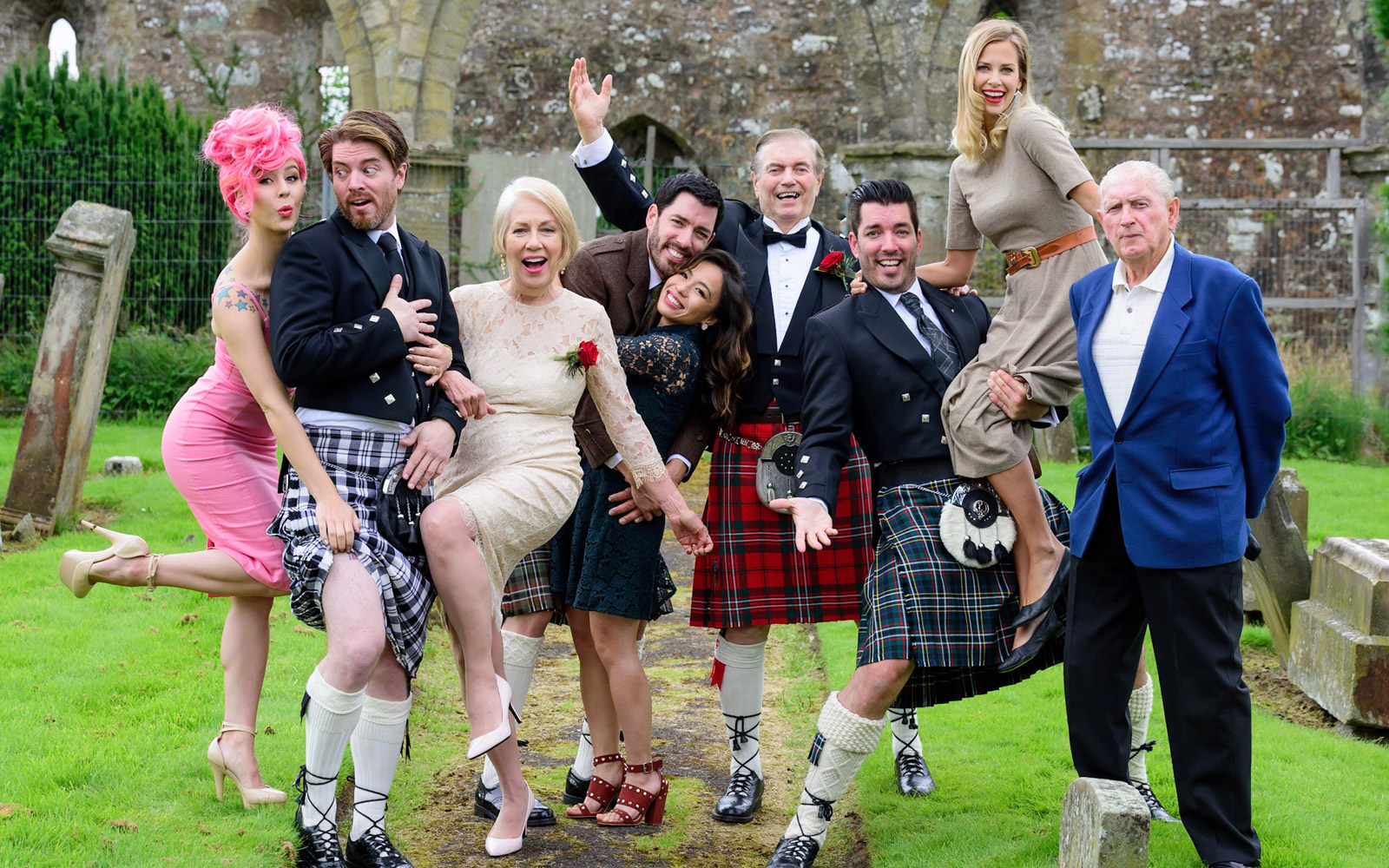 The Property Brothers Threw Their Parents a Vow Renewal Ceremony in Scotland