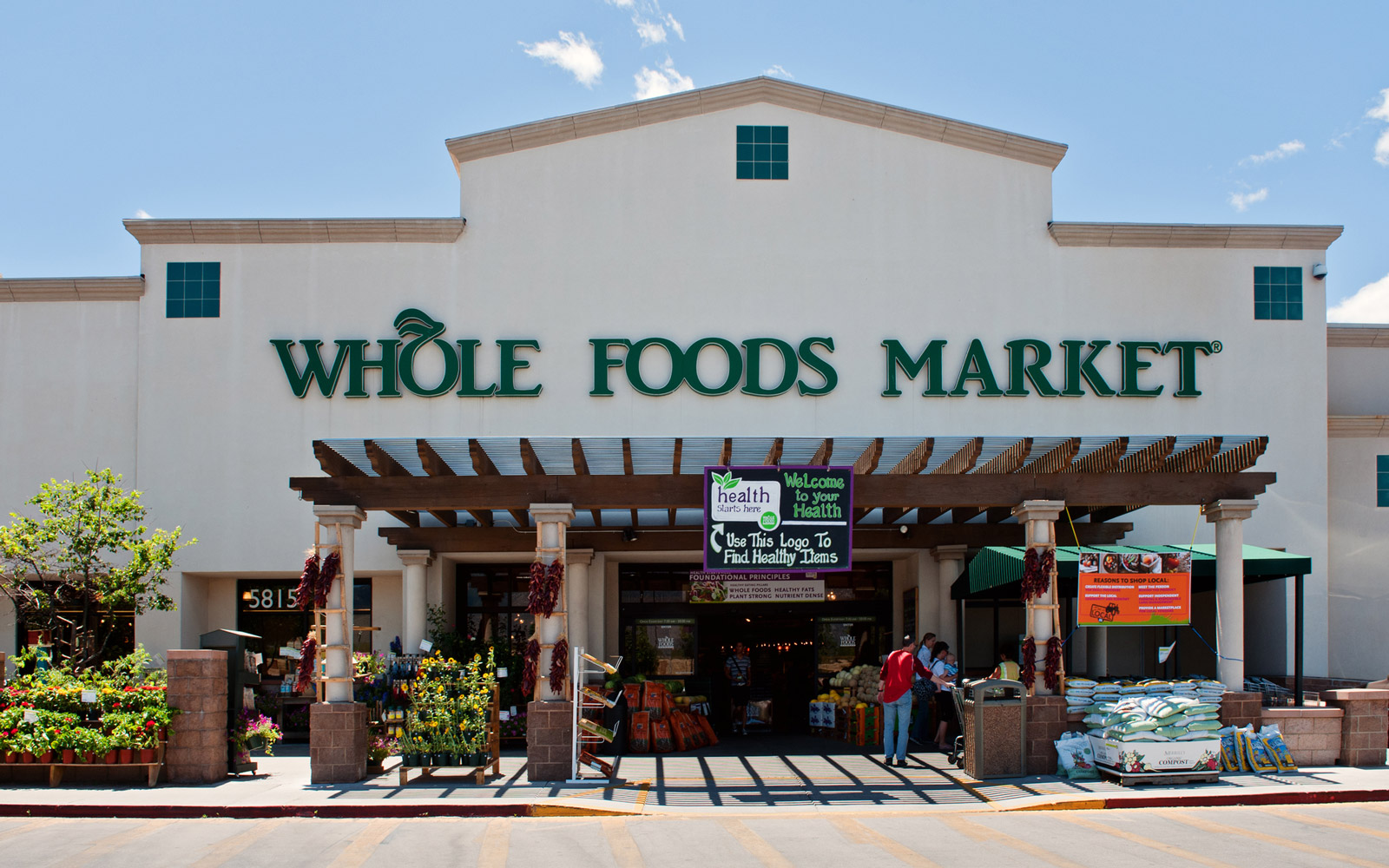 Here Is How Much Whole Foods Prices Changed Following Amazon's Acquisition