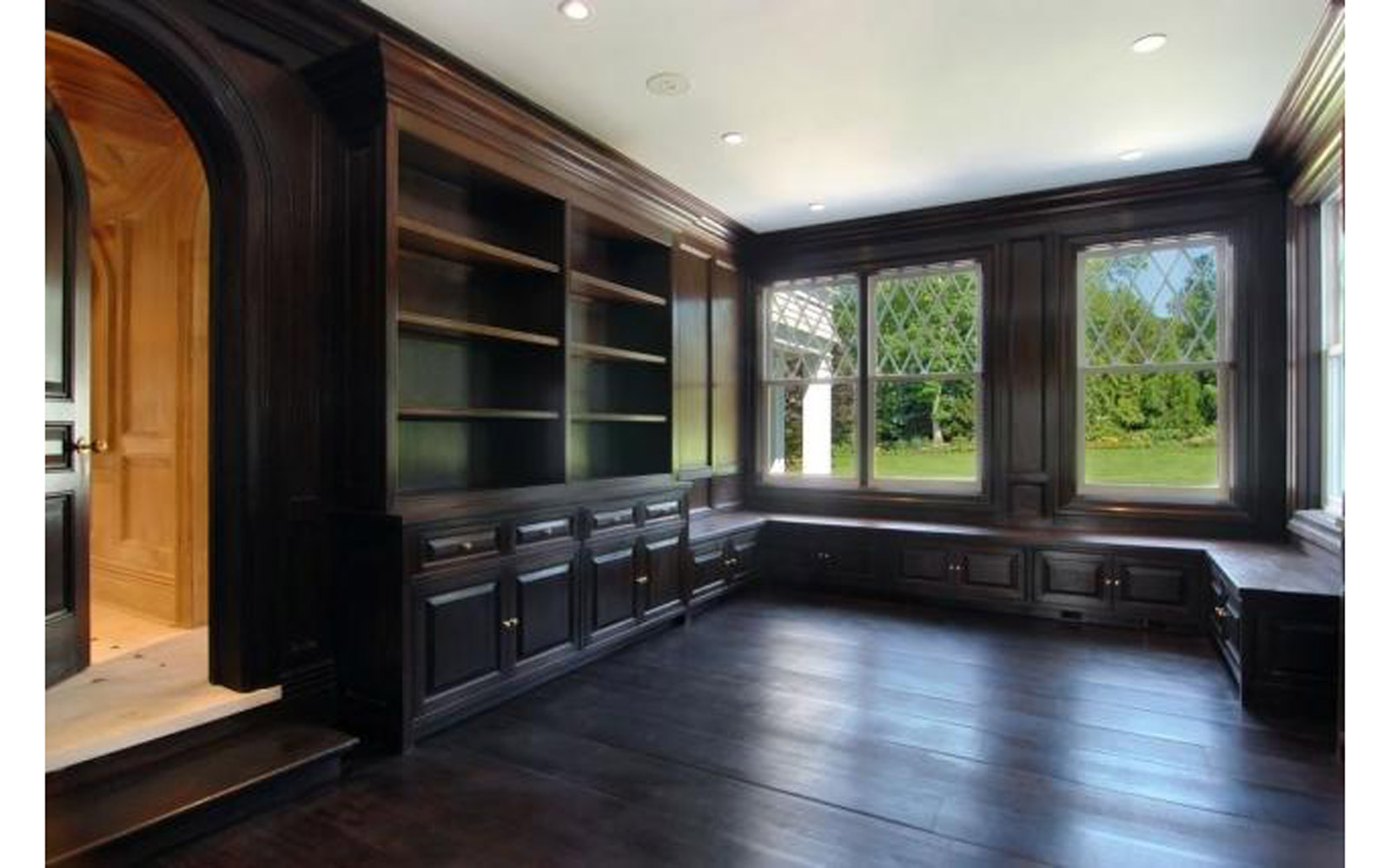 Wooden room in Beyoncé and JAY-Z's Hampton house