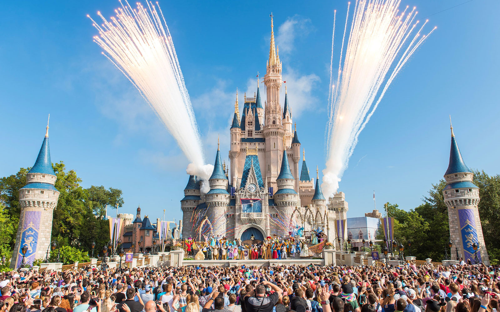 Hurricane Irma Could Trigger Disney Closures
