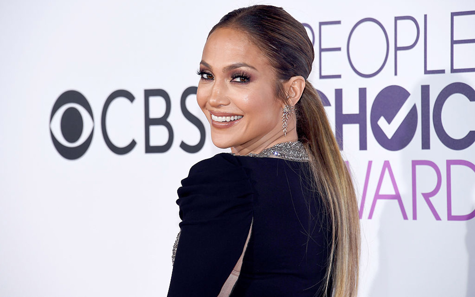Jennifer Lopez Is Donating $1 Million to Puerto Rico Hurricane Relief