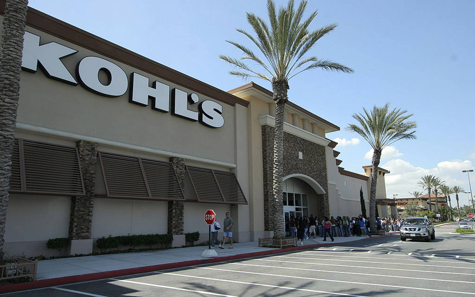 You Can Now Shop Amazon at Some Kohl's Locations