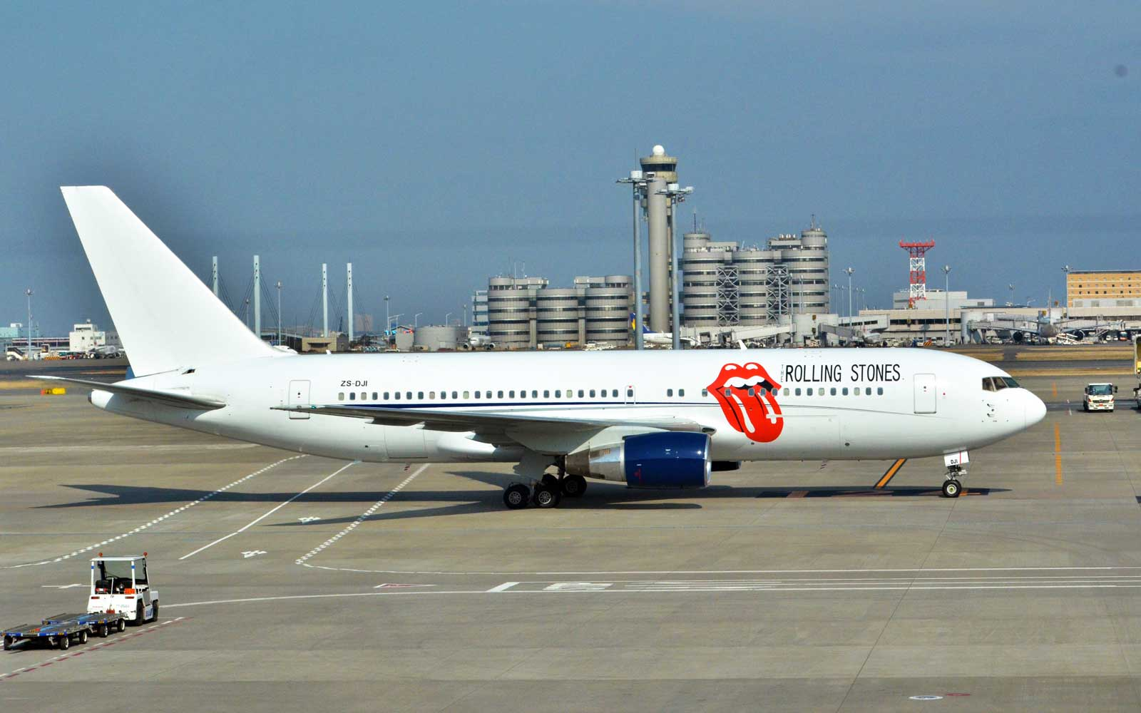 The Rolling Stones Have a Personalized Tour Plane That's Pure Rock 'n' Roll
