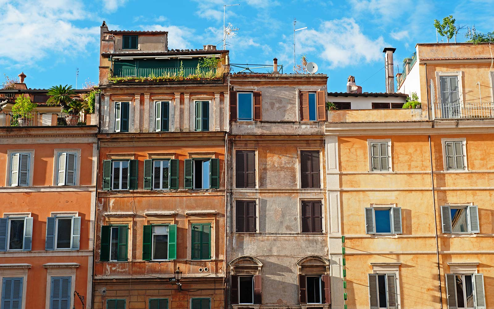 7 of the Top Airbnbs in Rome for Your Money