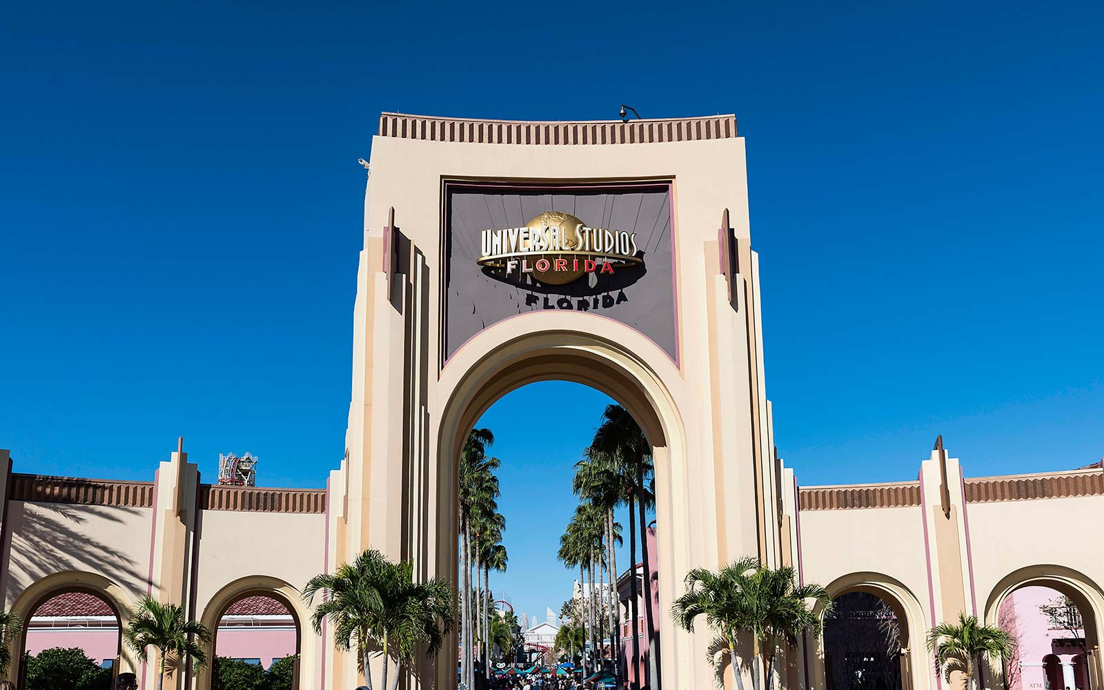 Universal Orlando Is Reopening Tuesday After Hurricane Irma