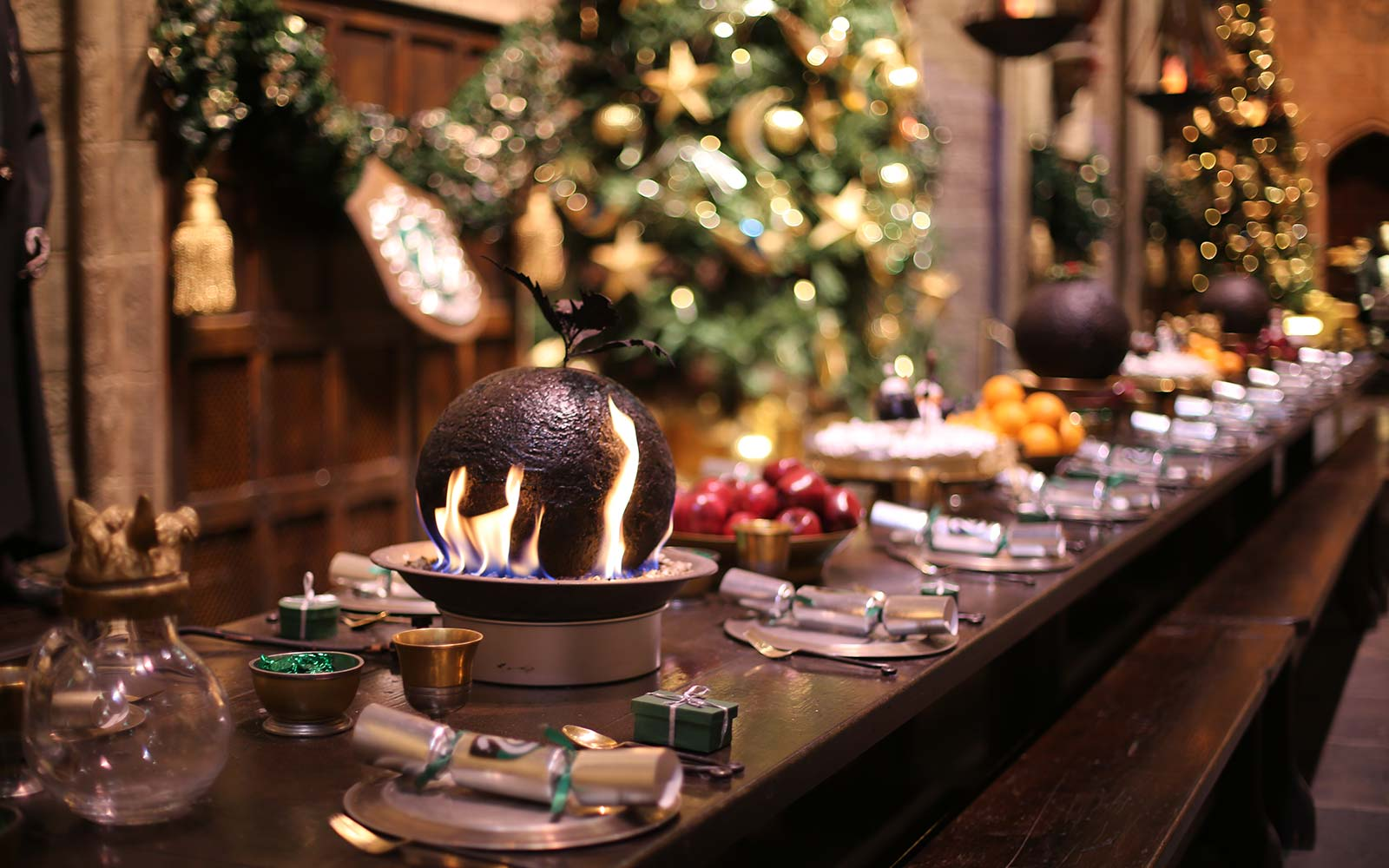 Warner Bros. Studio Tour London - The Making of Harry Potter Hogwarts Christmas Holiday