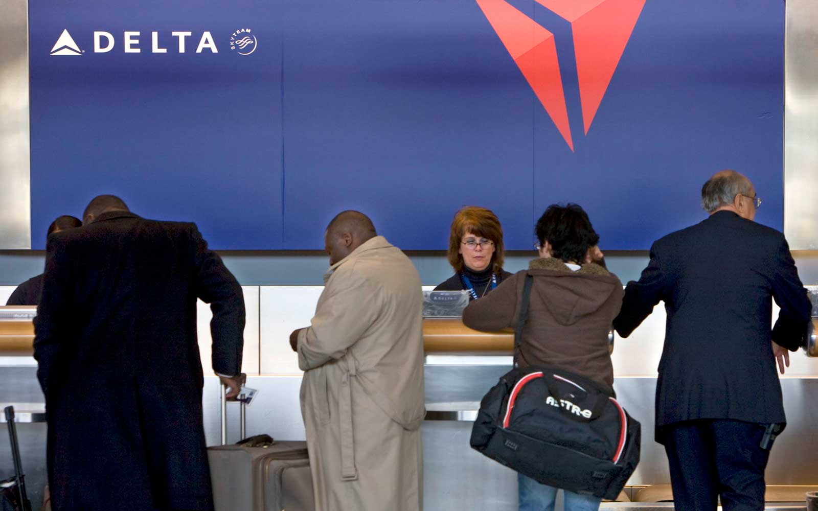 Getting Medallion Status With Delta Frequent Flyer Miles