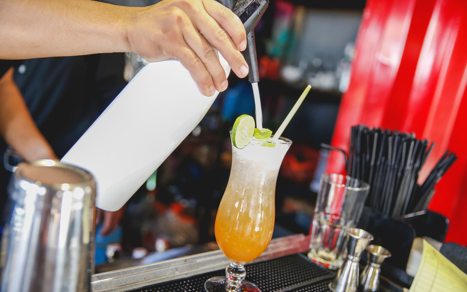The 10 Drinks You Should Never Order at a Bar