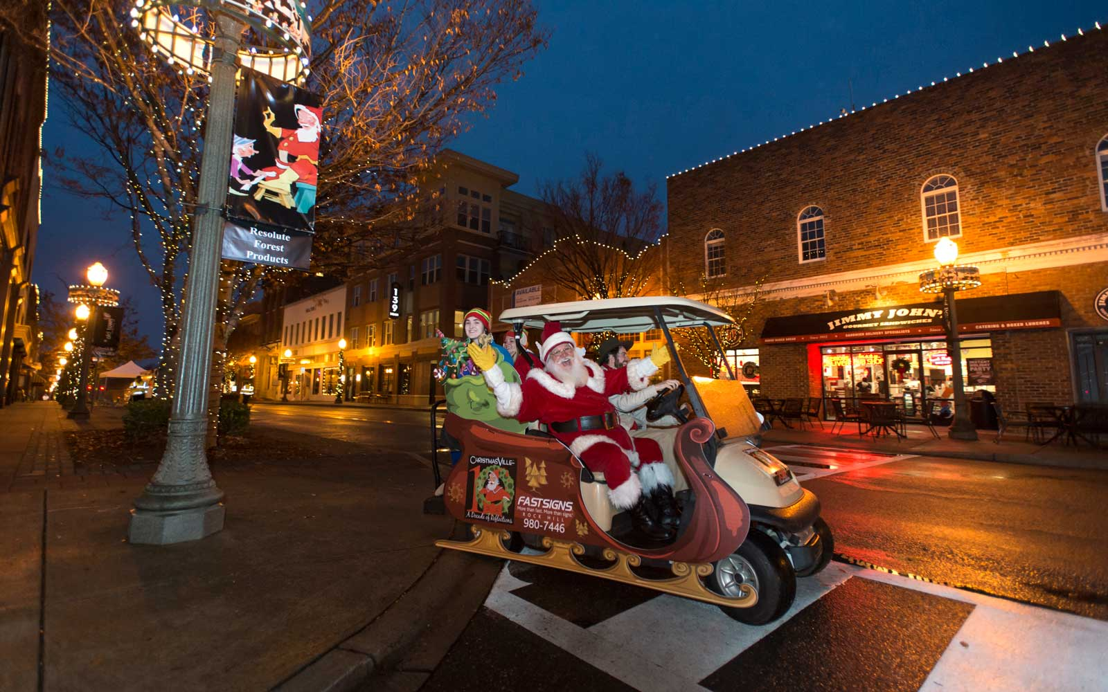 This South Carolina Town Transforms Into the North Pole Every Winter