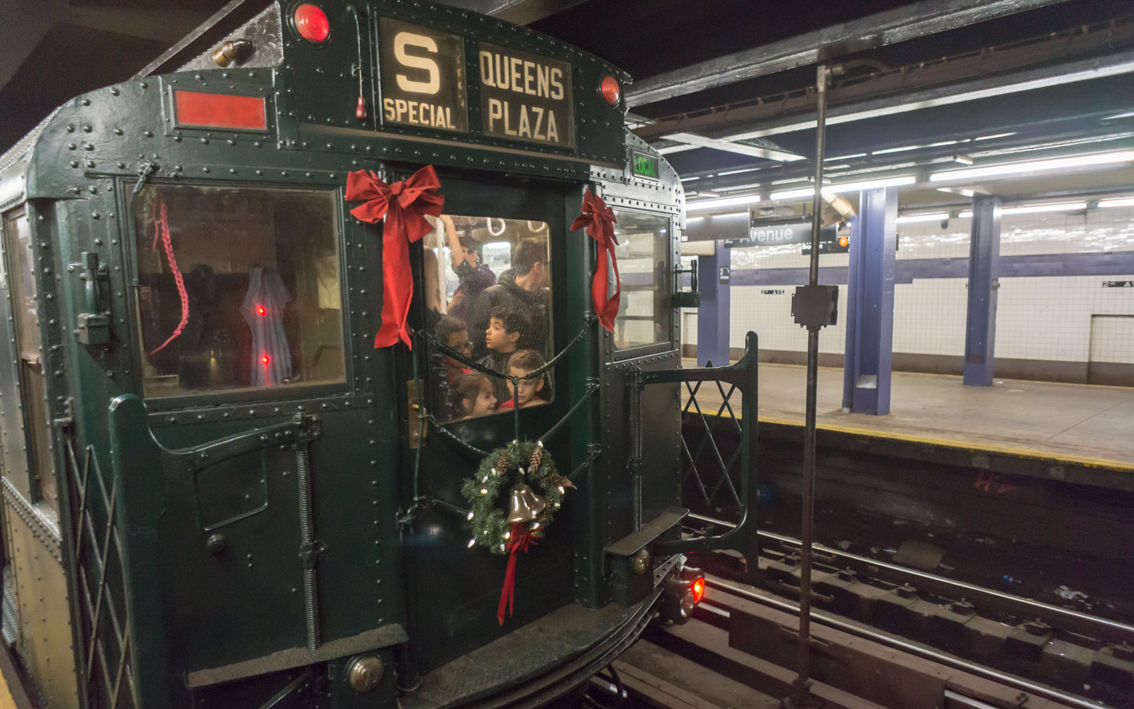 New York City's Nostalgia Train Is Back in Time for Christmas