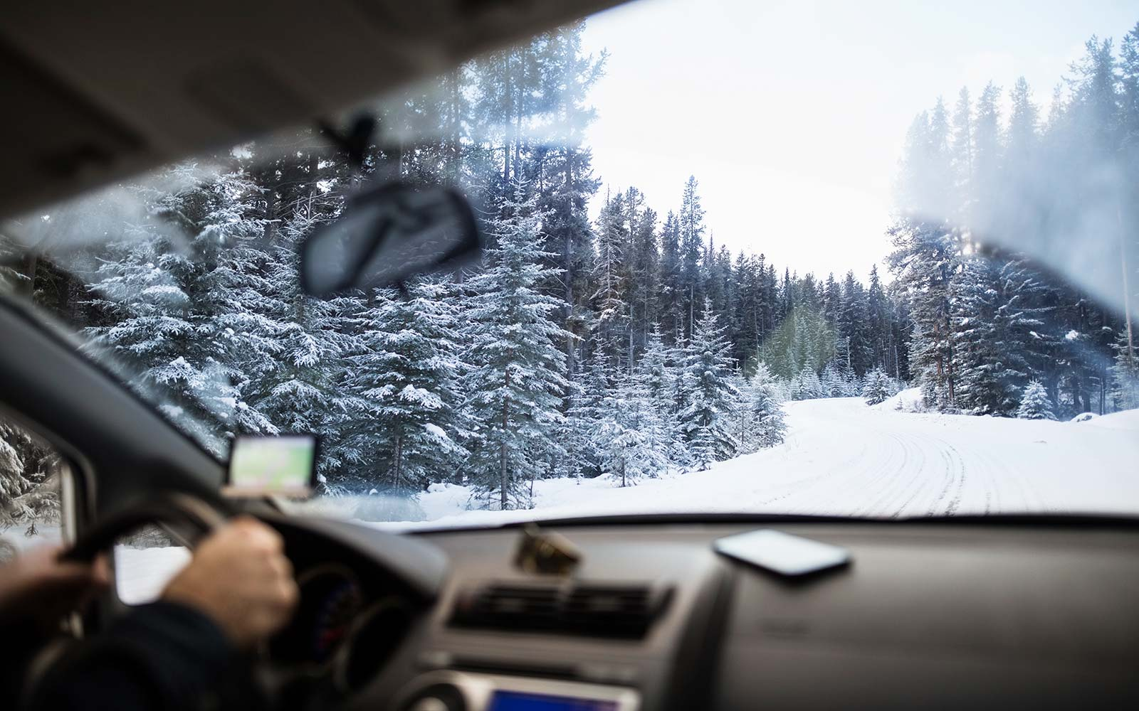winter storm snow weather car travel holidays thanksgiving