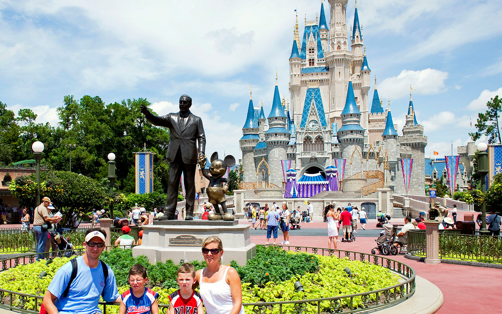disney world family vacation packages