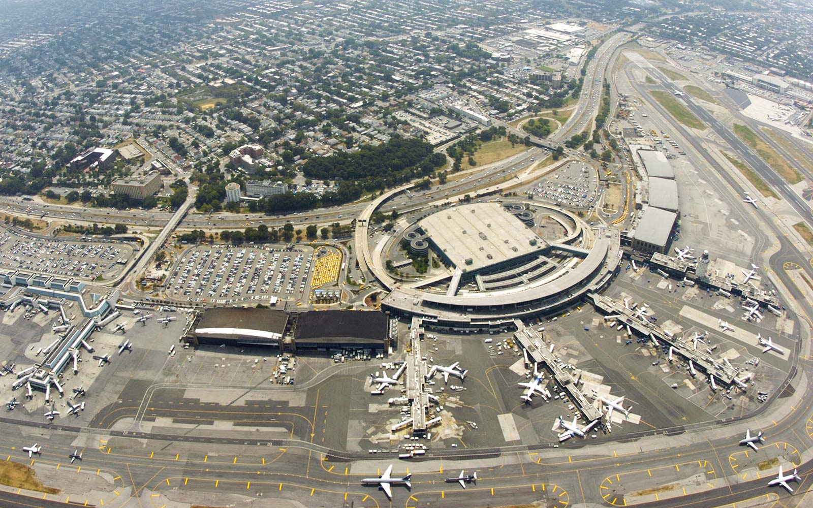 LaGuardia Airport Queens New York City Construction Terminal Changes Traffic
