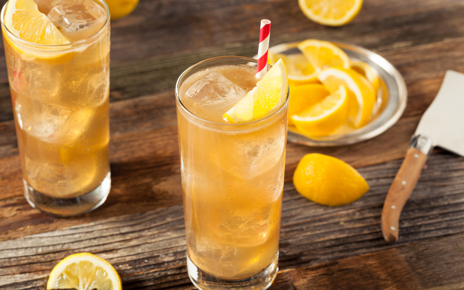 Applebee's Is Offering $1 Long Island Iced Teas All Month