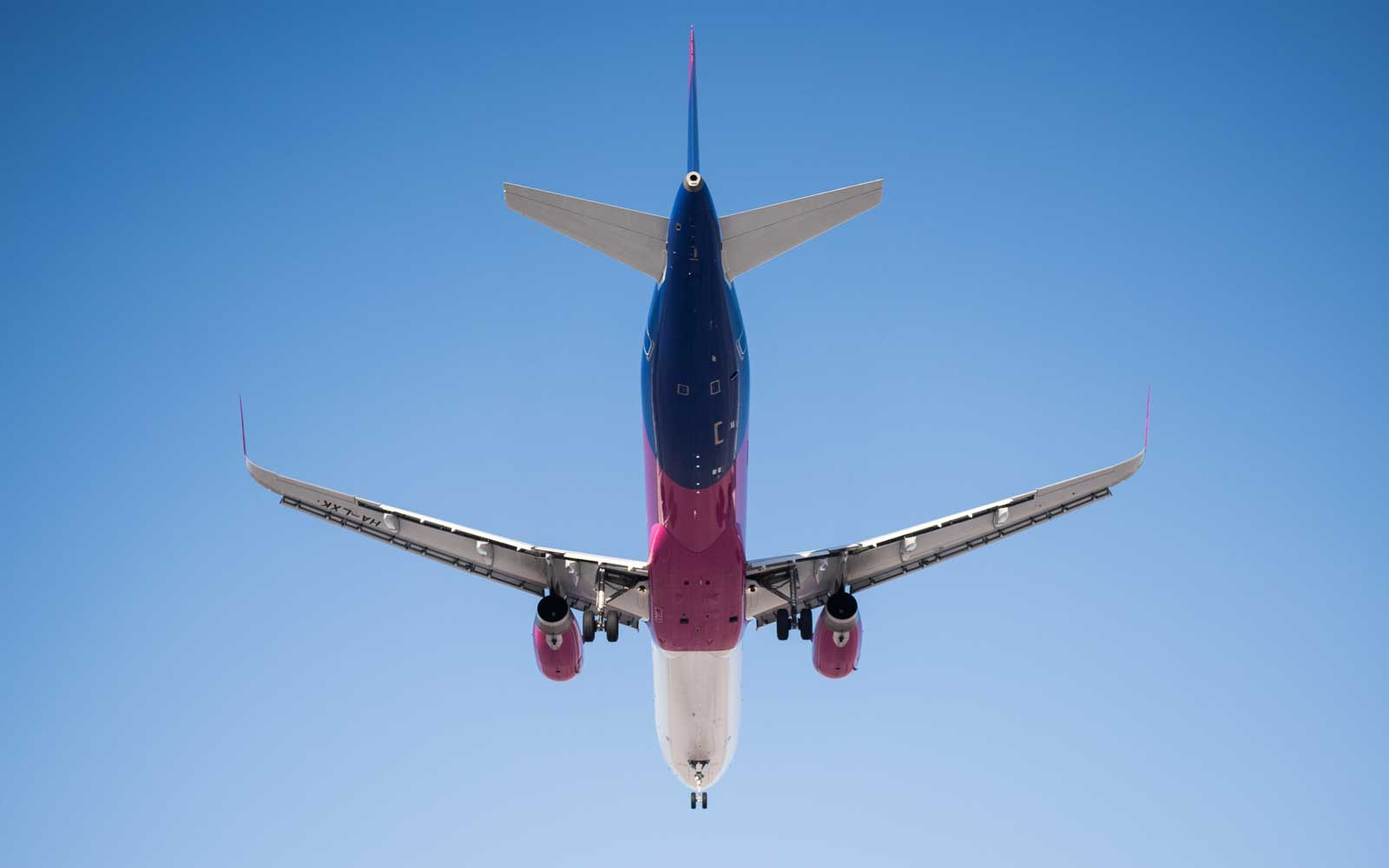 Wizz Air airplane