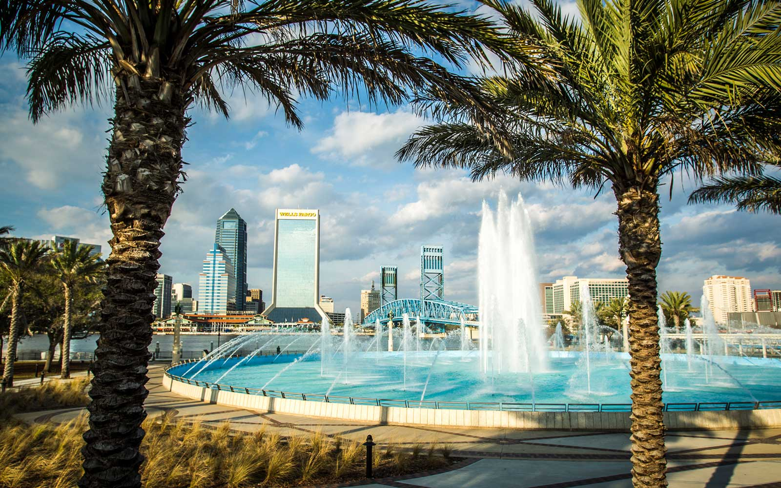 Visit Jacksonville, Florida — Top Restaurants, Bars, Attractions