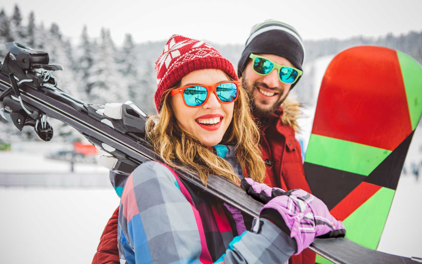 20 Stylish Ski Accessories That Will Stand Out on the Slopes