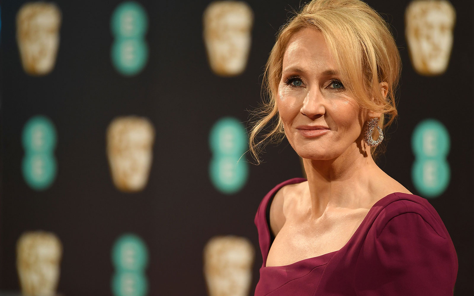 J.K. Rowling Officially Has Her Own Pub in Scotland