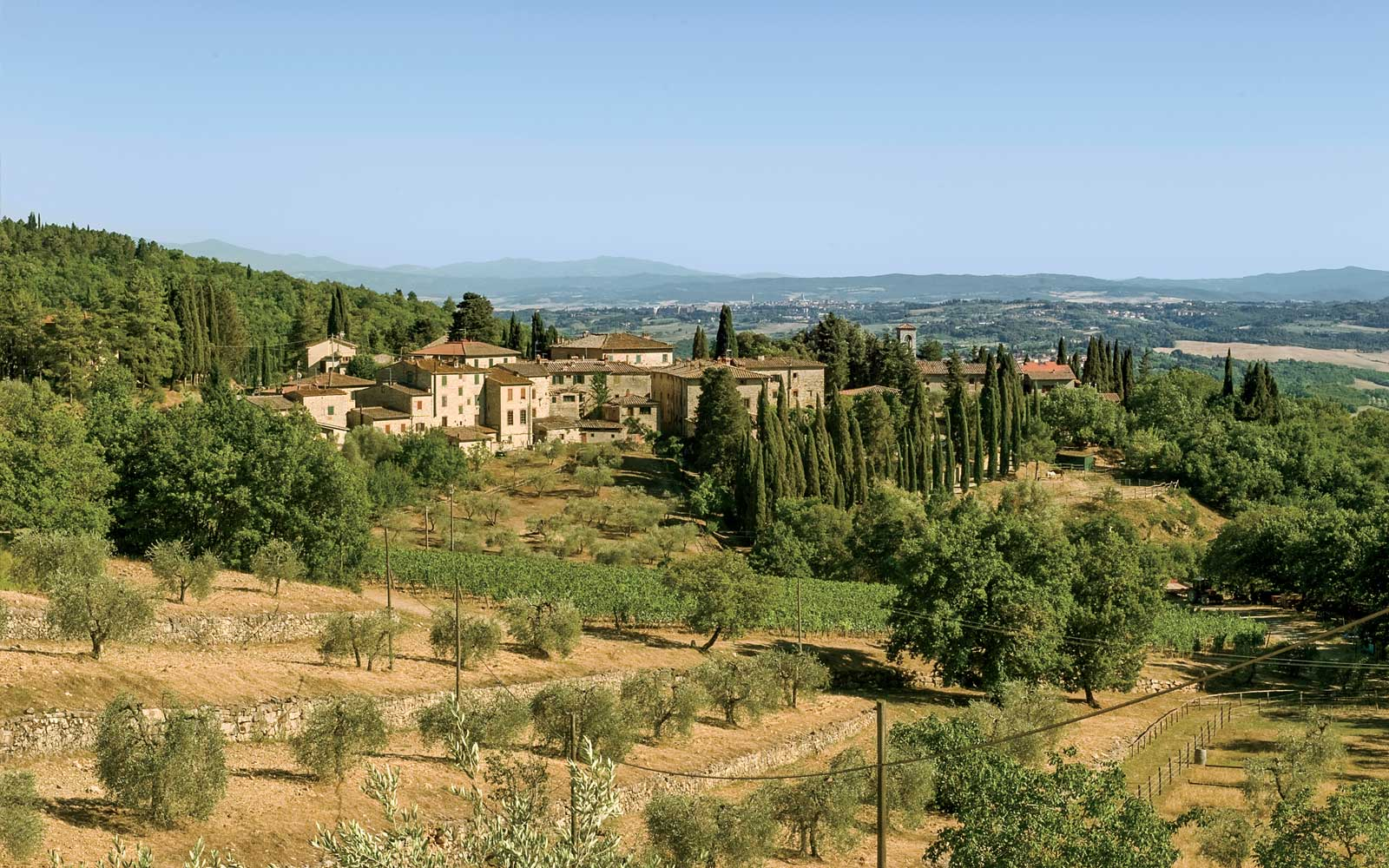 A Food Tour of Tuscany Is Even Better When You're Riding a Vespa