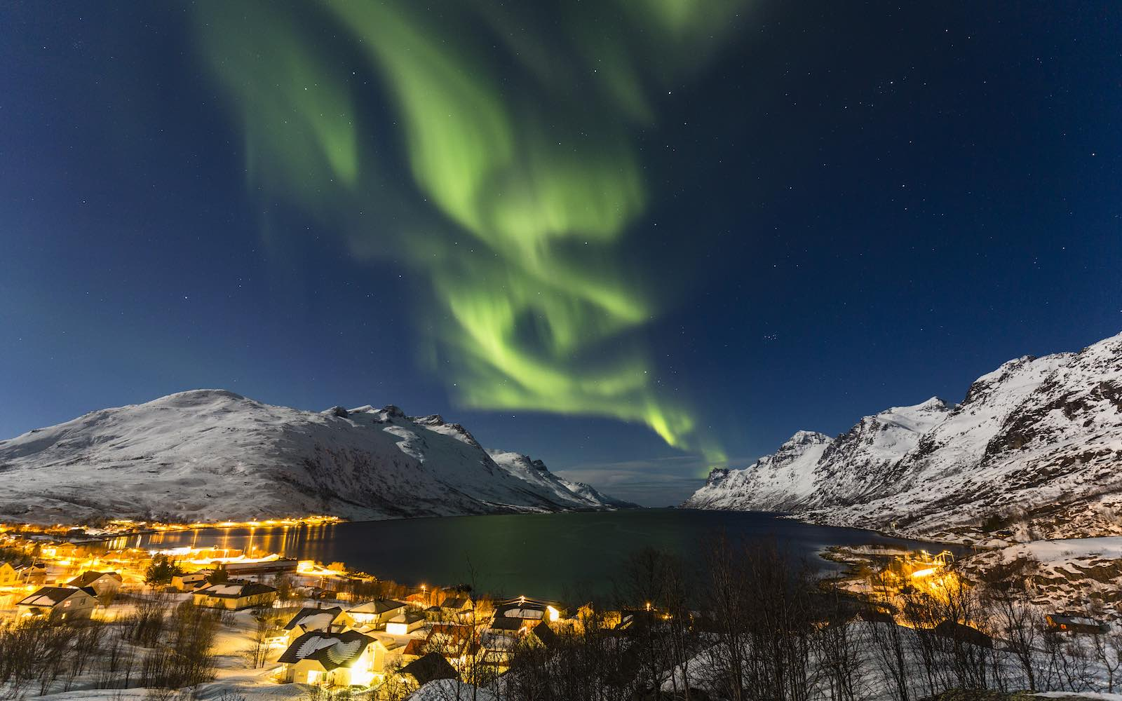 The Best Places to See the Northern Lights in February 2019