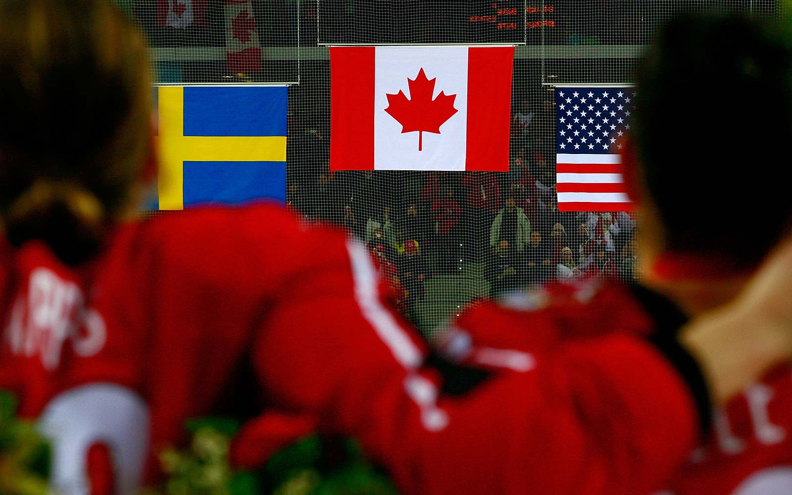 Canada makes national anthem gender-neutral