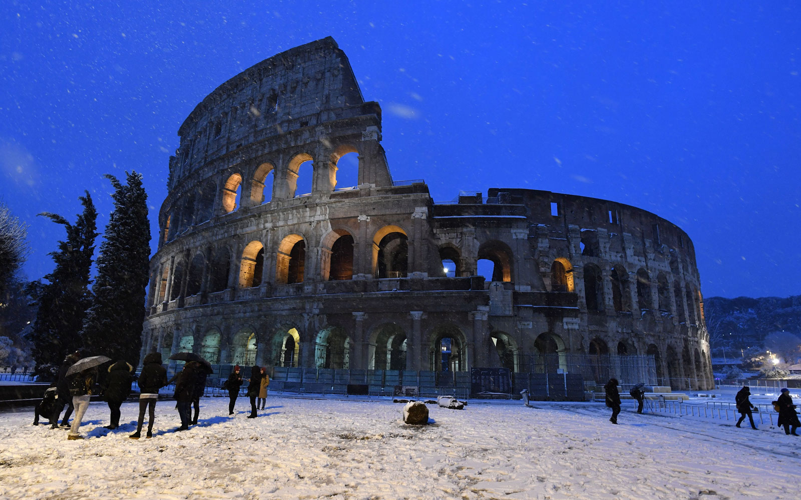 Rome After a Rare Snowfall Looks Like a Winter Wonderland