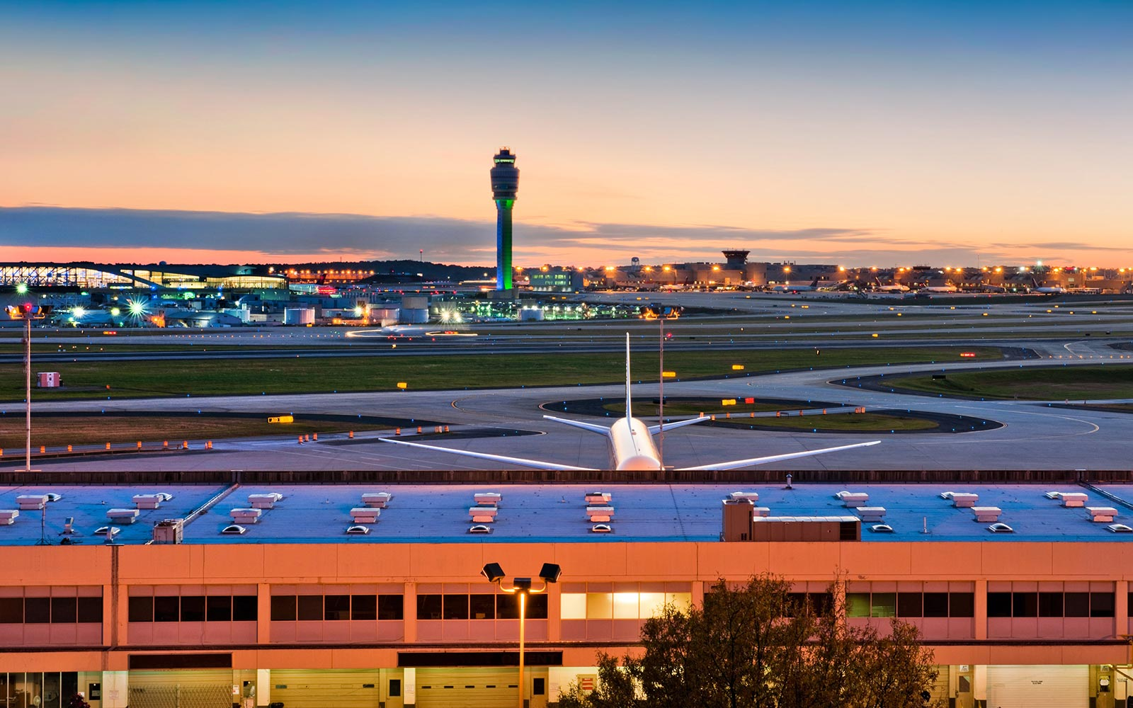The Busiest Airport in the U.S. Is Considering Removing Parking