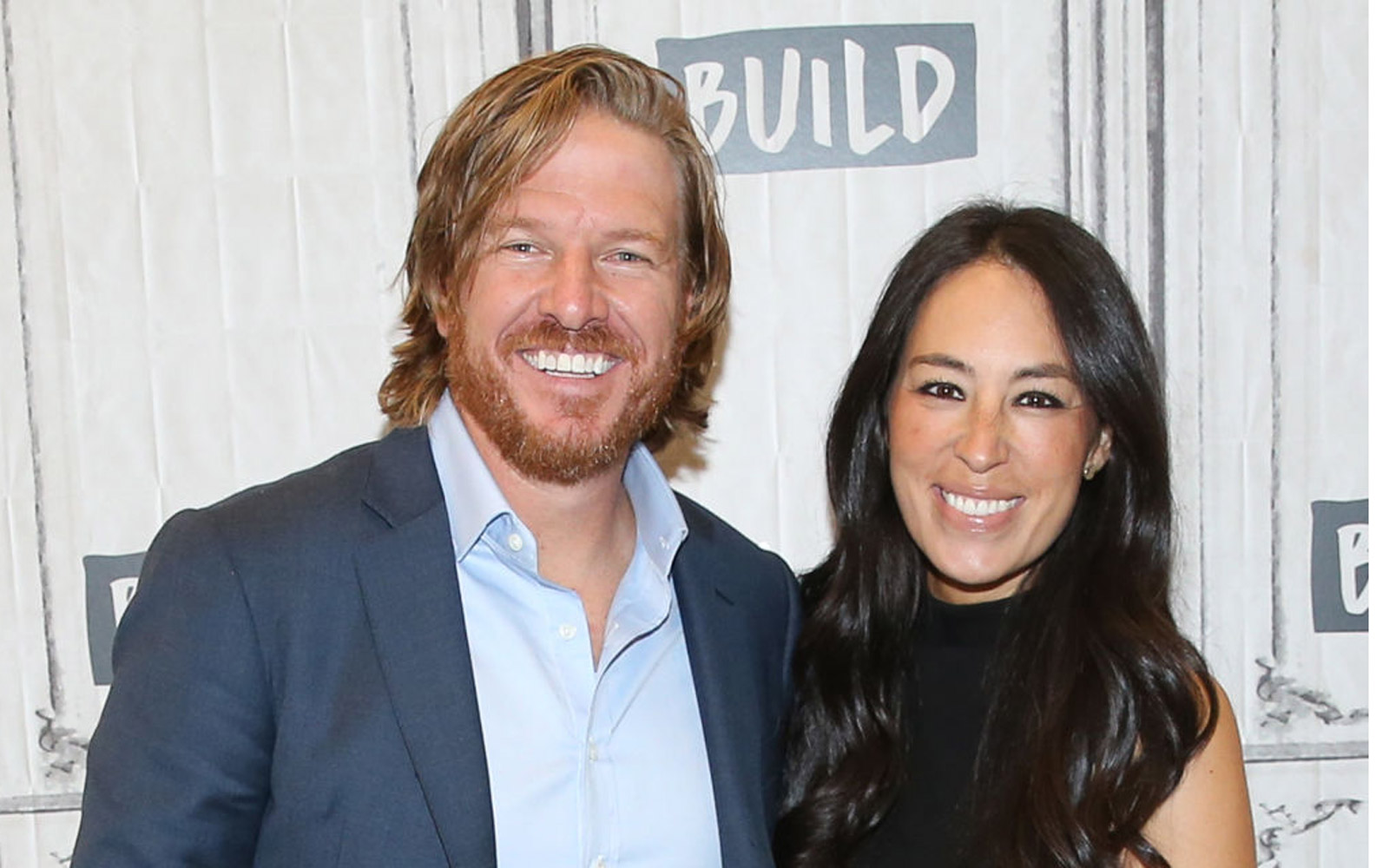 Chip and Joanna Gaines' New Series Takes You Behind the Scenes of 'Fixer Upper'