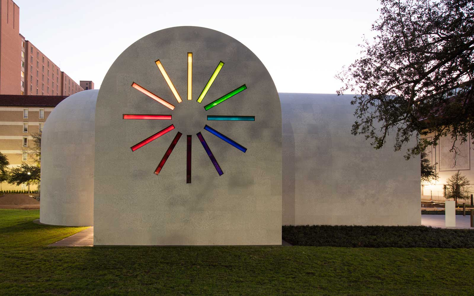 Ellsworth Kelly, Austin, 2015 (West façade)