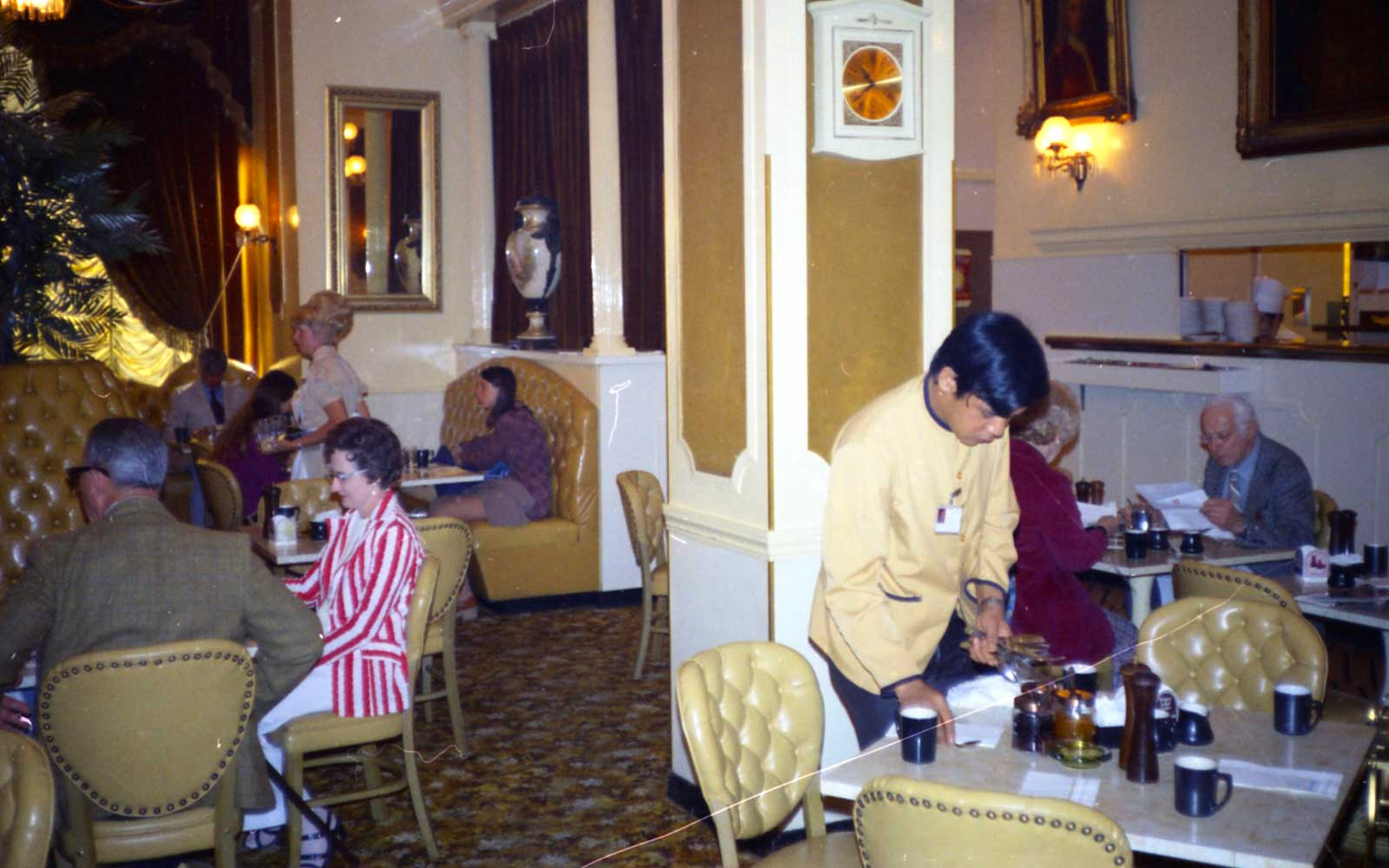 Diners in the Pancake Palace at the San Francisco airport, 1960s