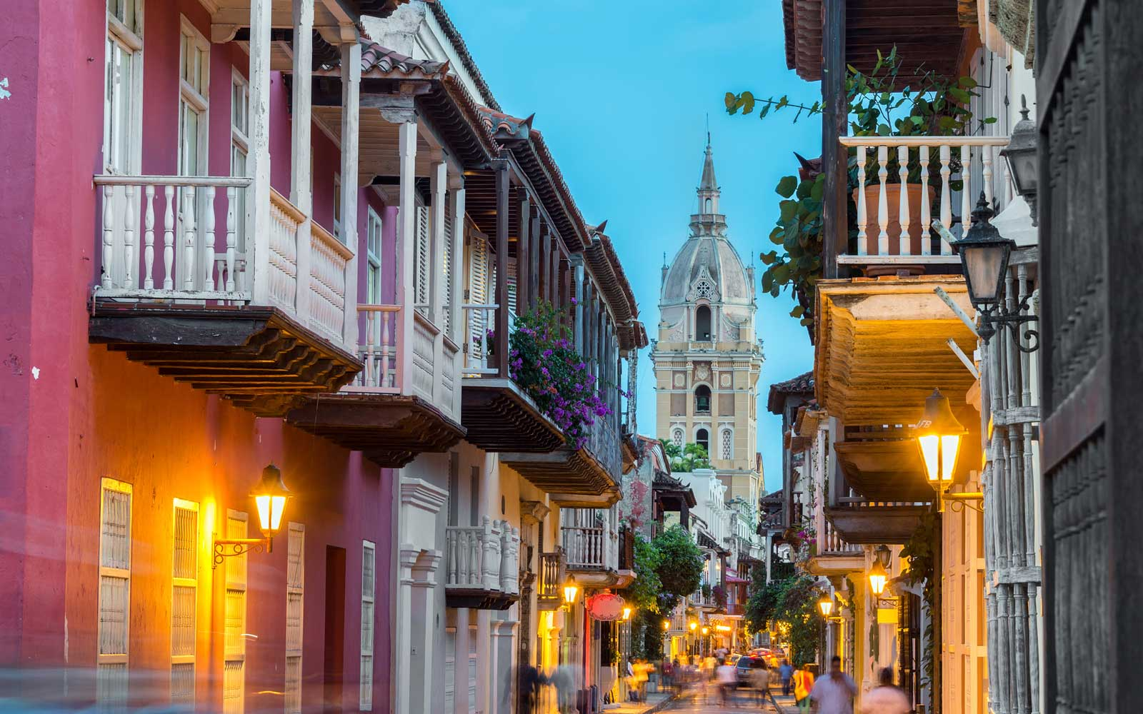 What to Wear in Cartagena — the Fashion Crowd's New Favorite Hideaway