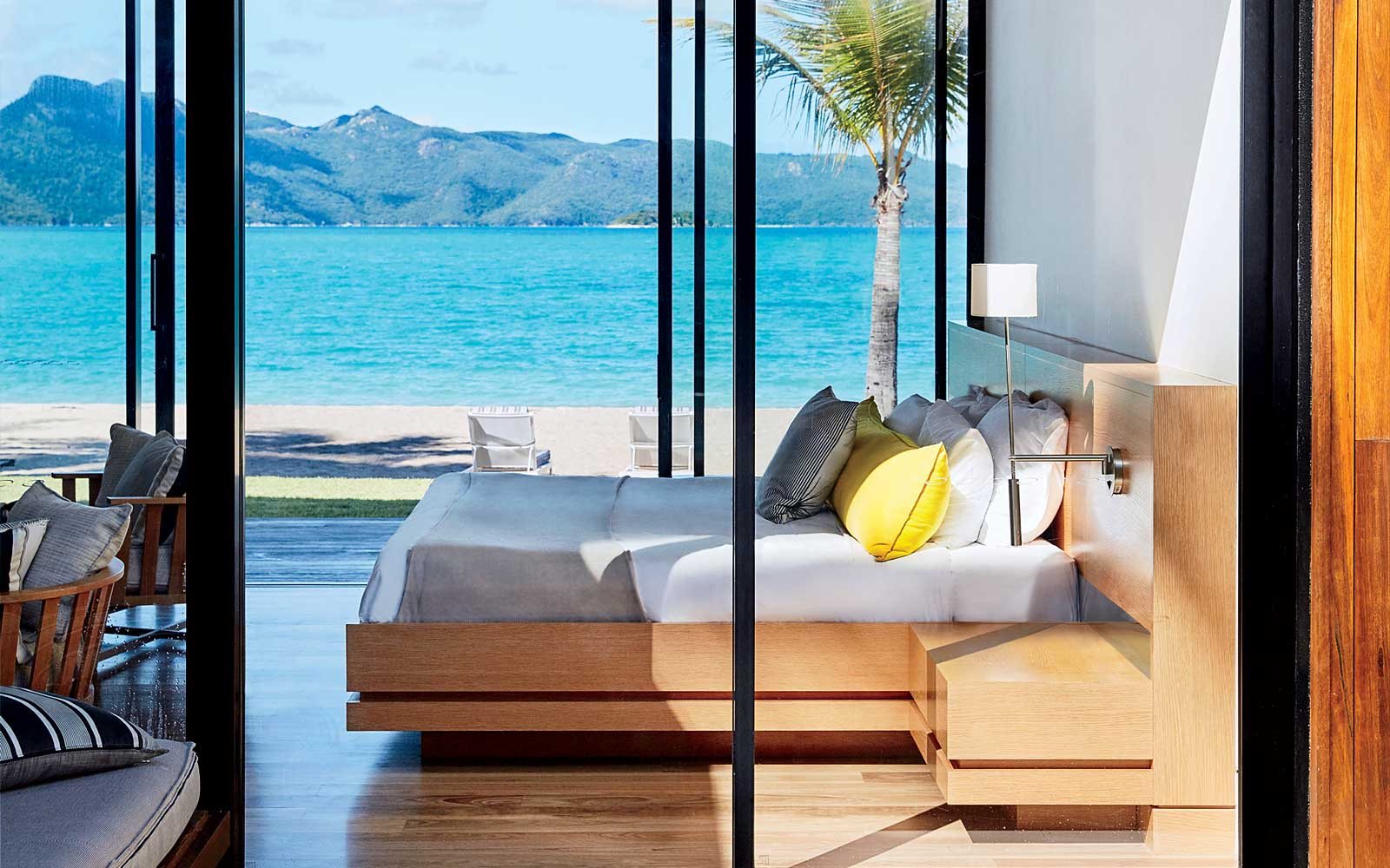 These Are the Hotel Credit Cards That Earn You a Free Night Every Year