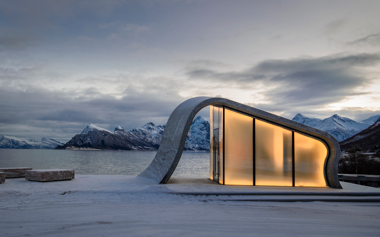 This Toilet on a Norwegian Highway Is the Fanciest Pit Stop We've Ever Seen