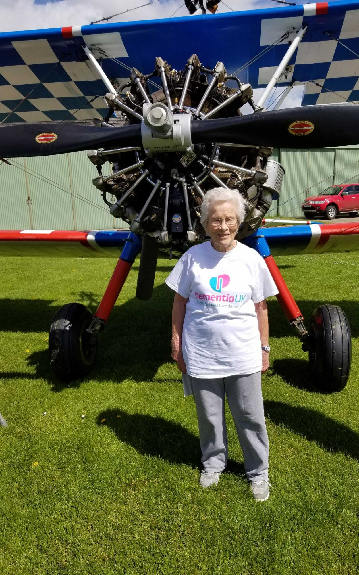 Norma Howard, 91, walks wing of plane as fundraiser for Dementia UK