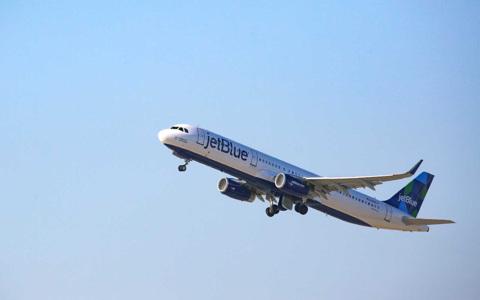May the Fourth Be With You As You Book JetBlue Flights for 25% Off