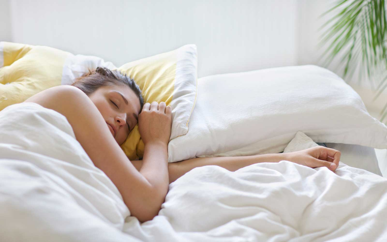 How to Make Your Bed Cool for Better Sleep During the Hot Summer Months