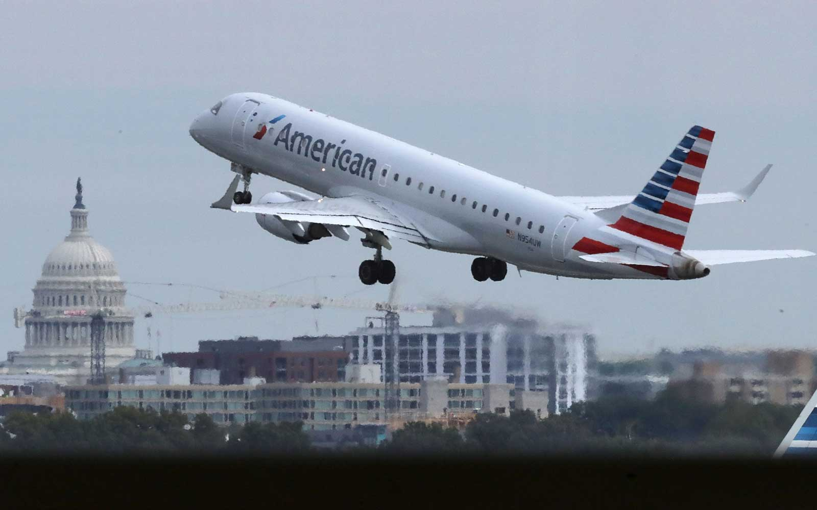 Airlines Tell Government to Keep Separated Migrant Children Off Their Planes Amid Viral Video Fallout