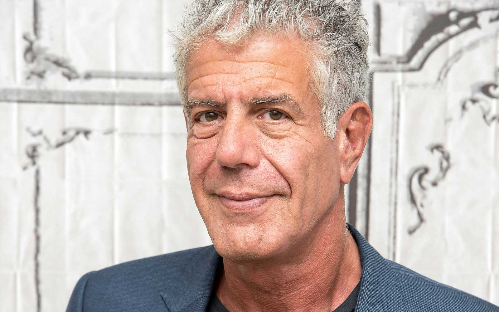 Grieving Friends, Fans and Followers React to Anthony Bourdain's Death