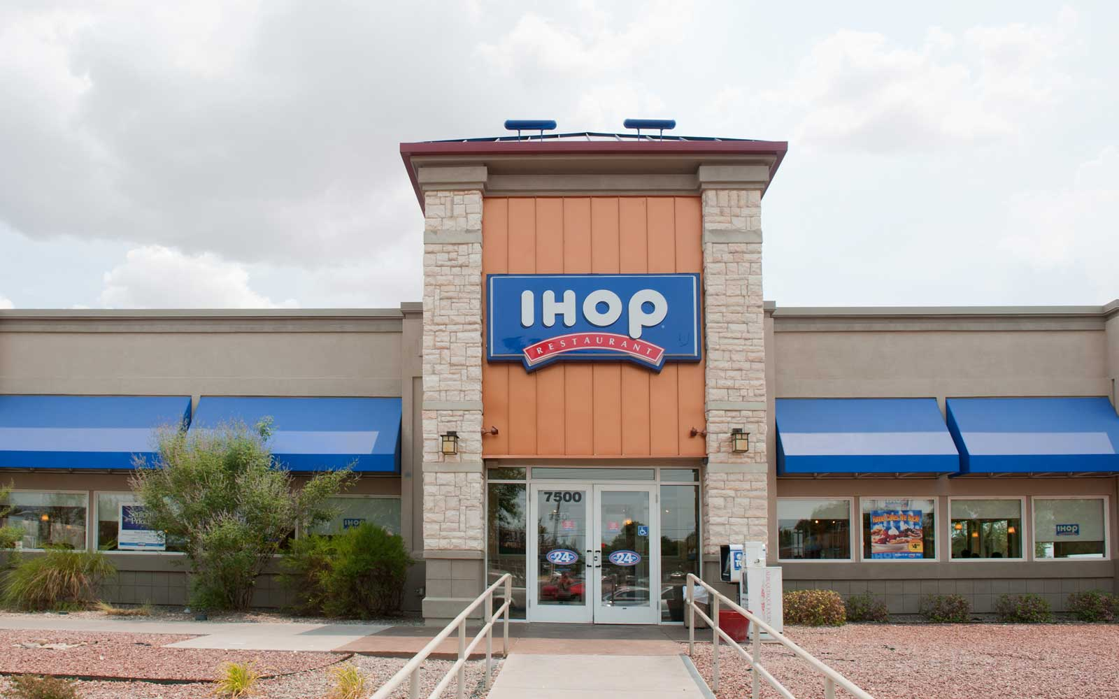 International House of Pancakes - IHOP Restaurant