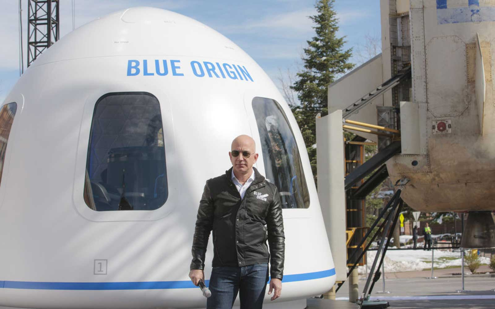 You Could Buy a Ticket to Space on Jeff Bezos' Rocket Next Year (Video)