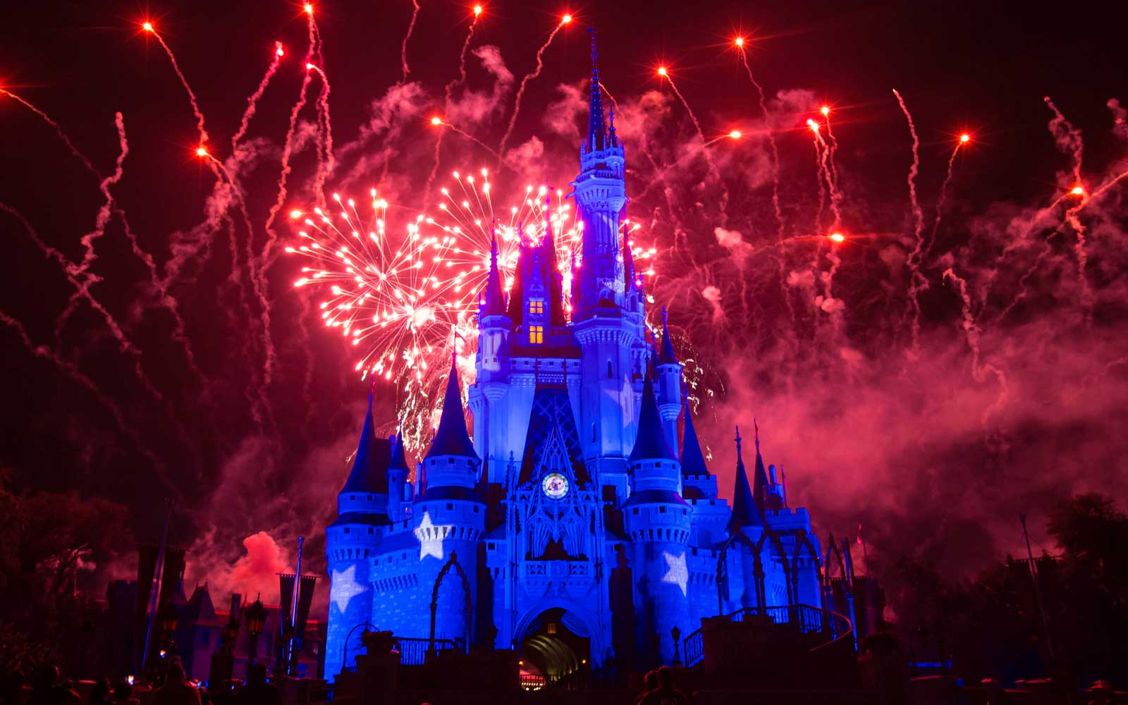 This May Be the Easiest Way to Save Money at Disney World