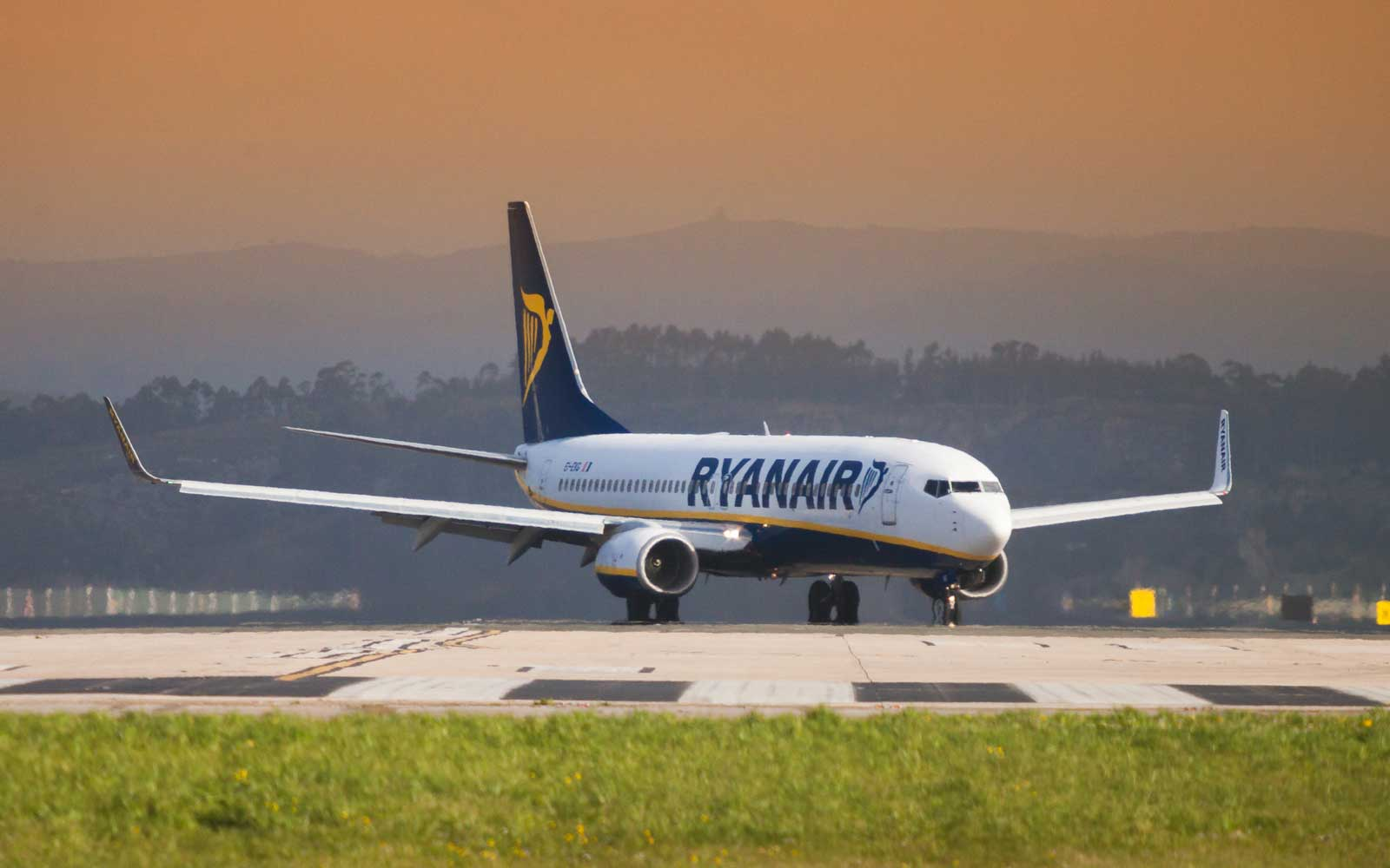 Ryanair Warns of Summer Travel 'Meltdown' As Strikes Cause More Flight Cancellations Across Europe