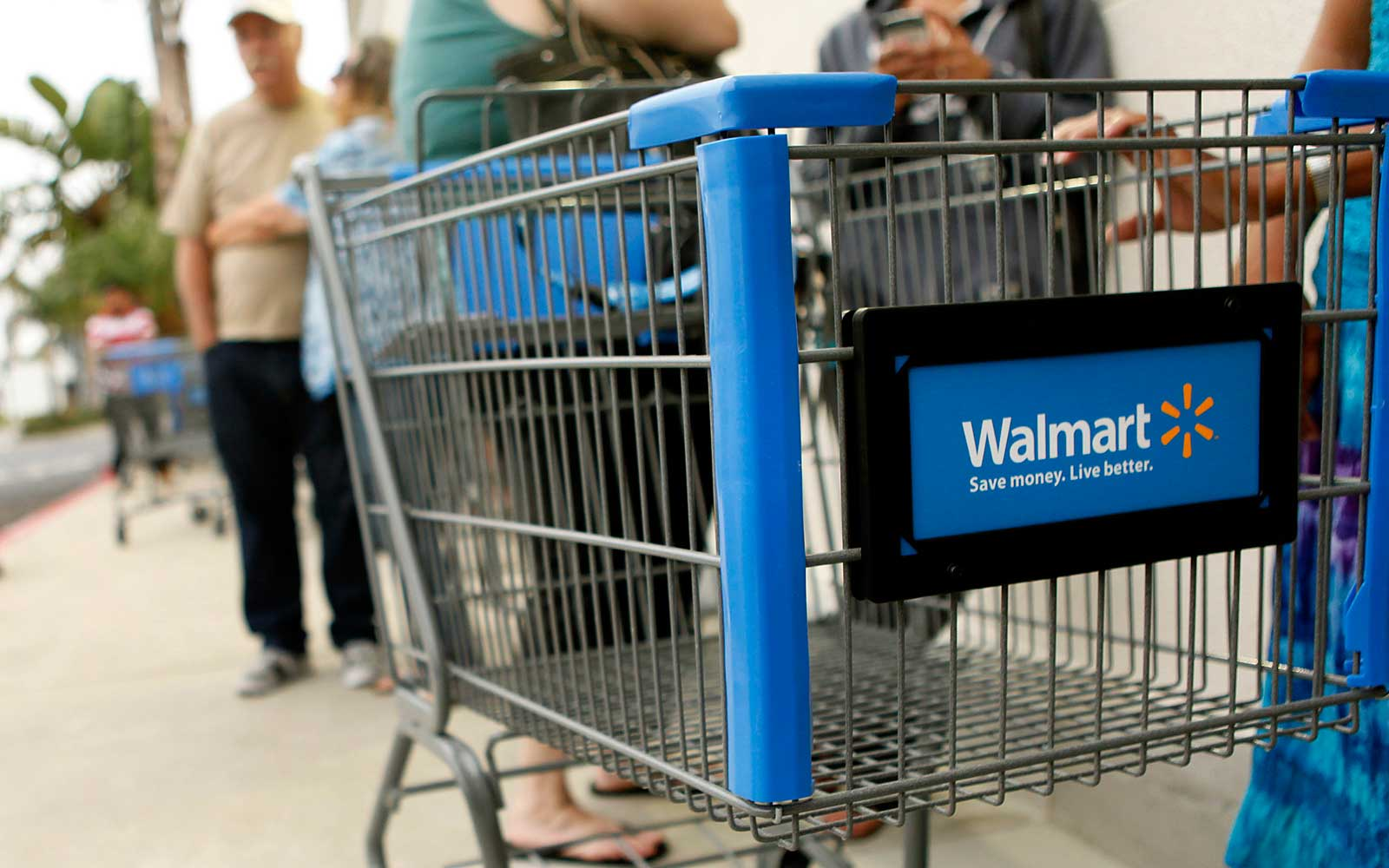 Walmart Is Launching a Personal Shopper Service That Won't Just Deliver Walmart Items (Video)